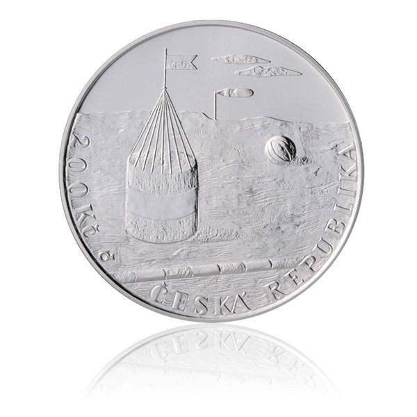 Stříbrná mince 200 Kč 2012 Kamil Lhoták stand