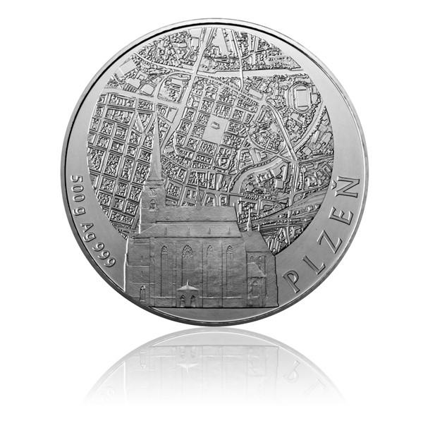 Stříbrná půlkilová invest. medaile Statutární města ČR - Plzeň stand